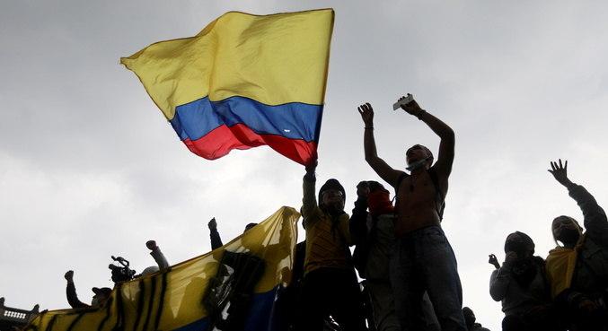 ONU denuncia uso excessivo da força em protestos Colômbia