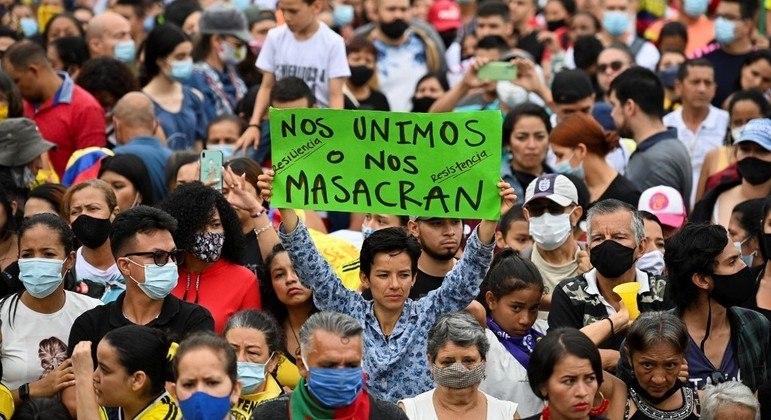 21 homicídios foram registrados durante os protestos na Colômbia