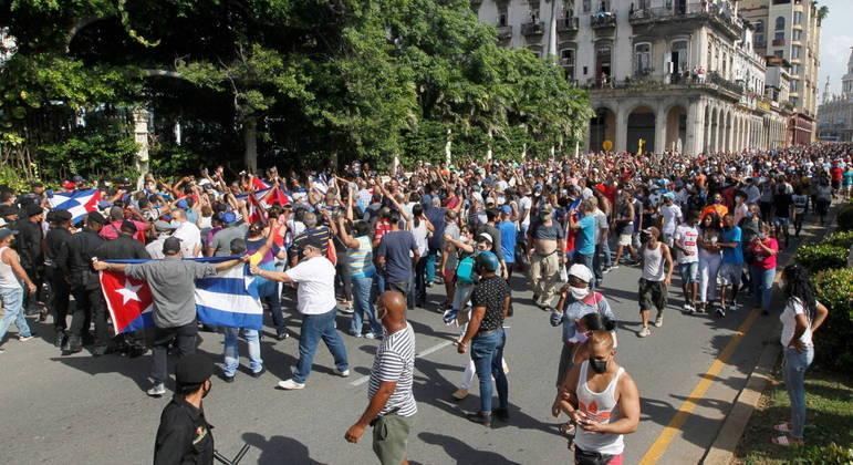 Manifestação de domingo foi uma das maiores da história recente de Cuba