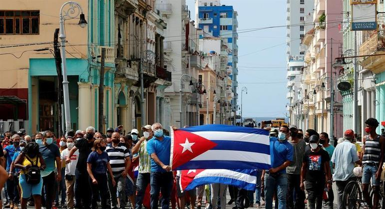 Anistia condena discursos inflamatórios de Miguel Díaz-Canel após protestos de cubanos