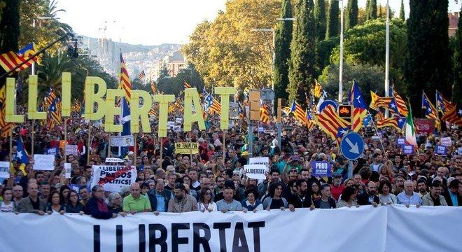 A ascensão do movimento pela independência da Catalunha dificultou a construção de acordos