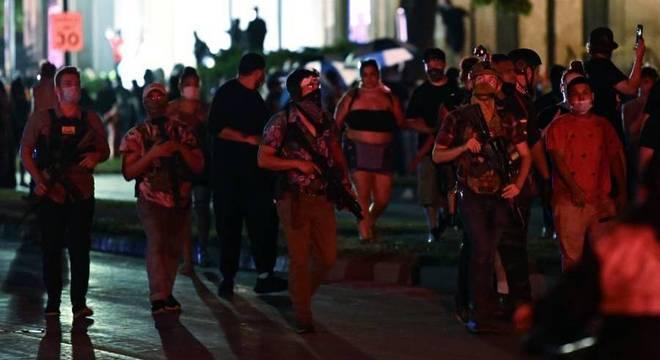 Pela terceira noite seguida, manifestantes foram às ruas de Kenosha protestar