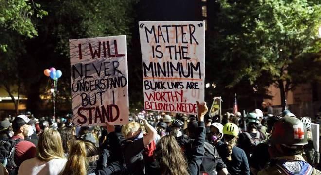 A cidade de Portland, no estado de Oregon, vem registrando protestos diários