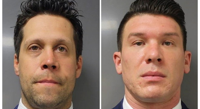 Torgalski (à esq.) e McCabe são acusados de agressão em segundo grau