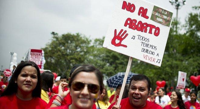 Os movimentos pró-vida continuam em vigor na Colômbia, apesar dos reveses na Justiça