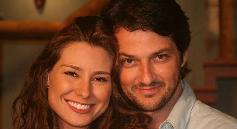 Lavínia Vlasak e Marcelo Serrado são os protagonistas de Prova de Amor