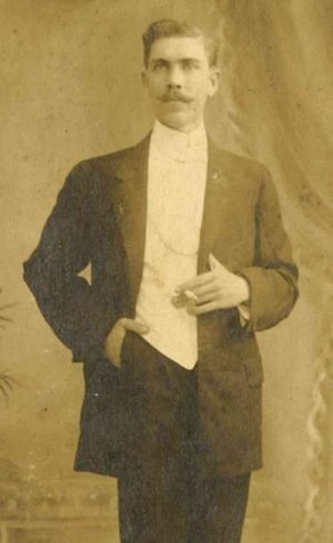 Prudencio Unanue e sua esposa desembarcaram em Nova York em 1921
