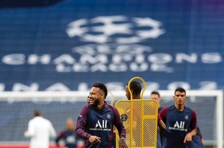 PSG se prepara para o jogo com a Atalanta