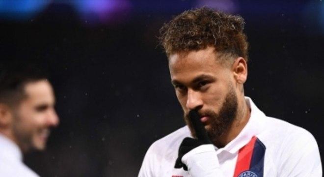 PSG x Galatasaray - Neymar - Comemoração de silêncio