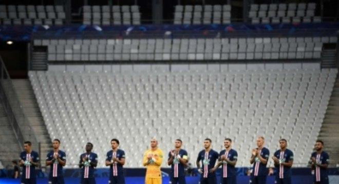 PSG x Saint-Étienne - Homenagem
