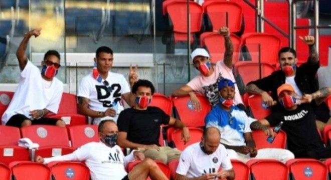 PSG x Sochaux - Jogadores na arquibancada