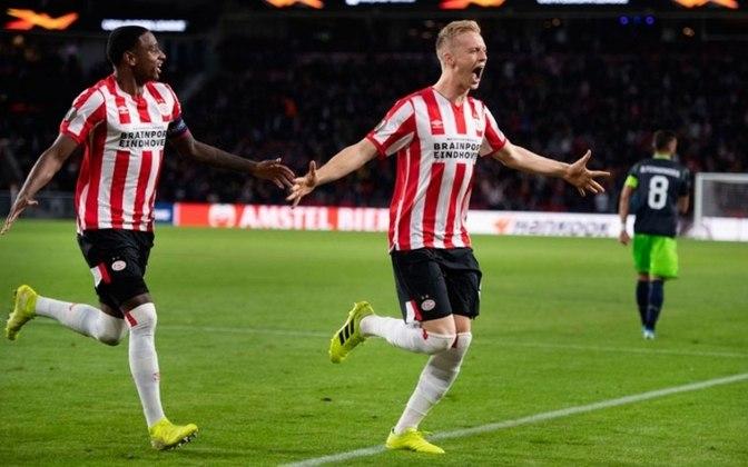 PSV - Com um ponto atrás do rival, a tradicional equipe ficou com a quarta posição e está oficialmente fora da Champions League 2020/21.
