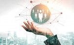 De acordo com o especialista, nas redes sociais, é preciso ter uma investir em publicidade nas redes sociais digitais da forma mais segmentada possível.