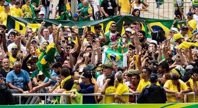 Esplanada dos Ministérios recebe público para a posse de Bolsonaro