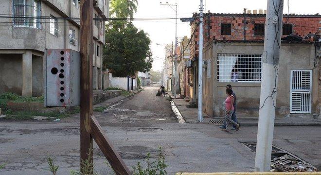 A realidade de Lechería contrasta com a da vizinha Puerto La Cruz, antigo centro de produção petrolífera e destino turístico, bastante atingida pela crise na Venezuela