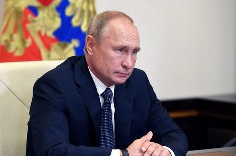 Putin disse que filha recebeu vacina