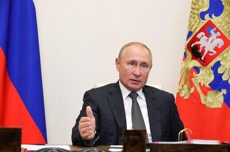 Putin defendeu diálogo de alto nível entre os países