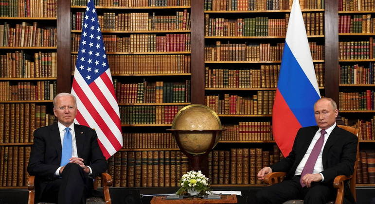 Membros dos dois governos representaram Biden e Putin em diálogo sobre armas