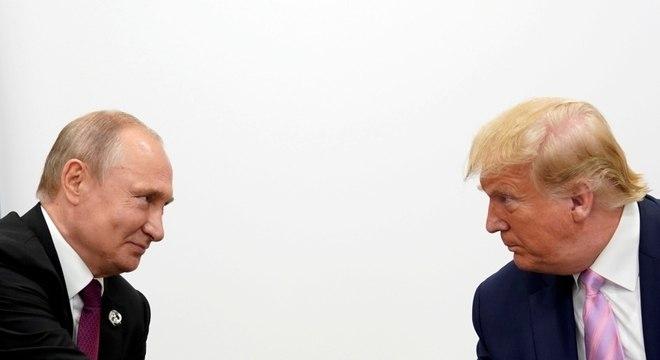 Putin cumprimenta Trump no G20: Documento diz que Rússia estaria favorecendo reeleição