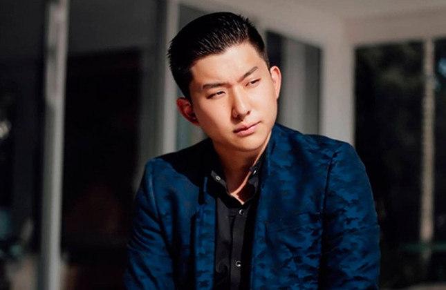 Pyong Lee - Ex-BBB e dono de um canal no Youtube com 8,26 milhões de inscritos, o influenciador é corinthiano.