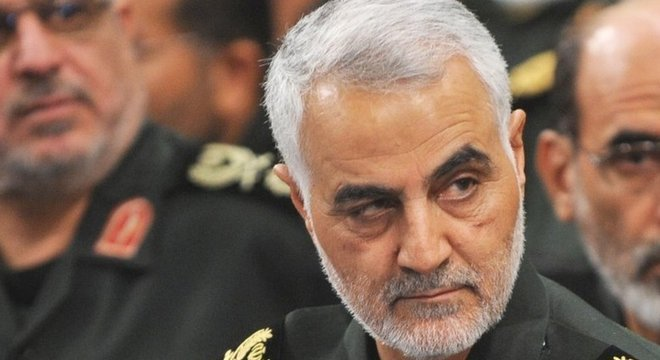 O general iraniano Qasem Soleimani foi morto em ataque aéreo dos EUA em Bagdá