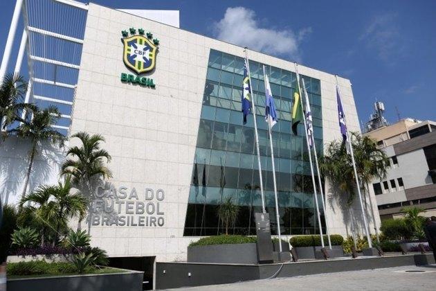 Quando a bola parou de rolar, o Brasil estava em meio a competições estaduais, regionais e a Copa do Brasil. Cada federação teve autonomia para definir quando retomaria sua rotina