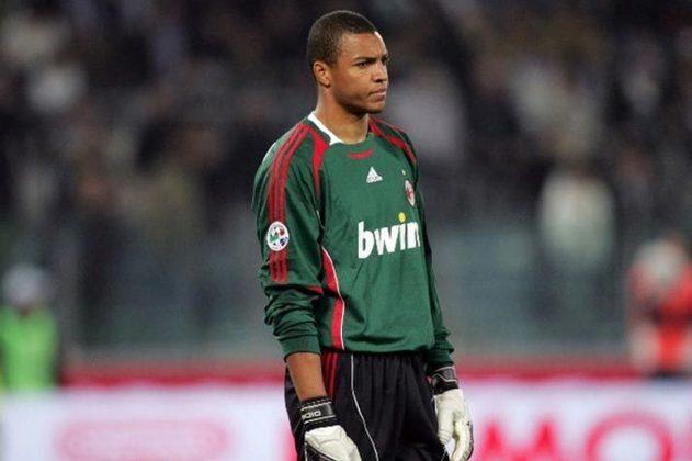 Quando era goleiro do Milan, Dida também levantou a taça duas vezes.