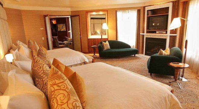 As suítes, em geral os quartões mais luxuosos de um hotel, são sempre muito bem equipados