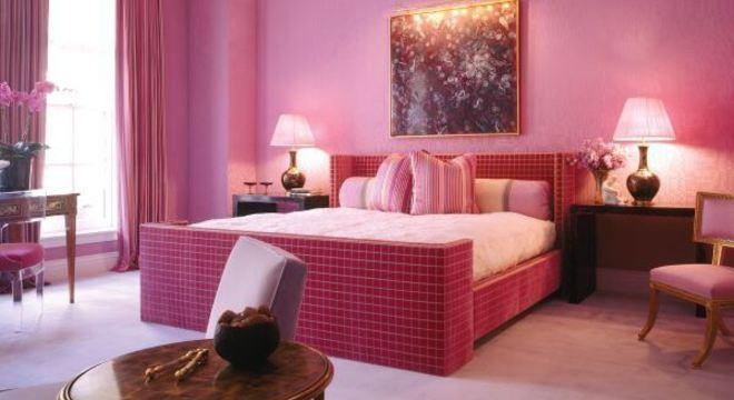 quarto rosa pink