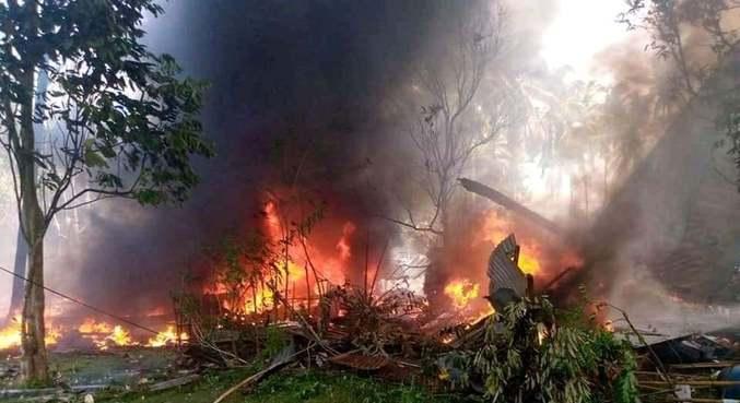Cerca de 40 pessoas foram resgatadas e 17 morreram no acidente