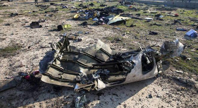 Avião caiu logo após decolagem