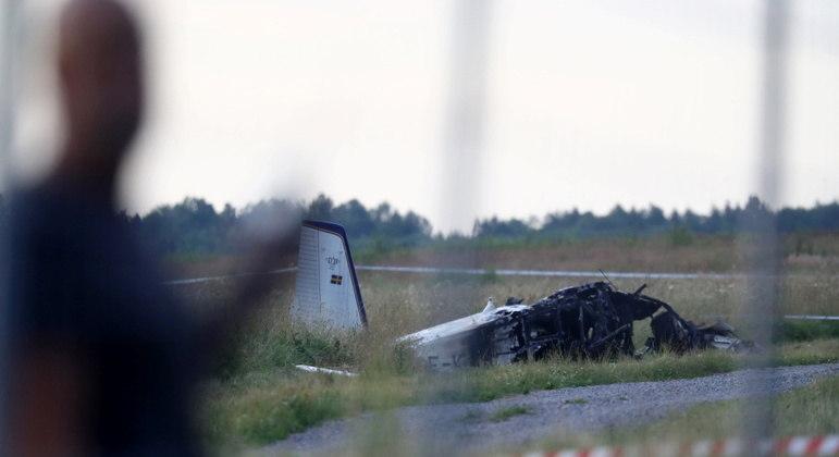 Todos os passageiros de avião morreram no acidente