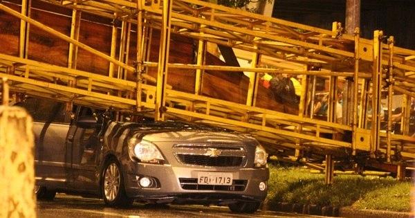 Após quase 10 horas bloqueada, marginal do Tietê é liberada