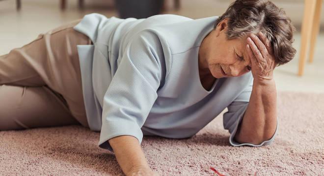 Queda é o acidente doméstico mais comum e perigoso, diz médico