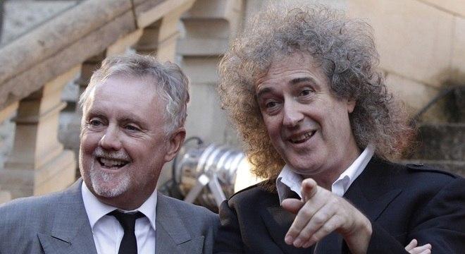 O baterista Roger Taylor e o guitarrista Brian May, da banda Queen