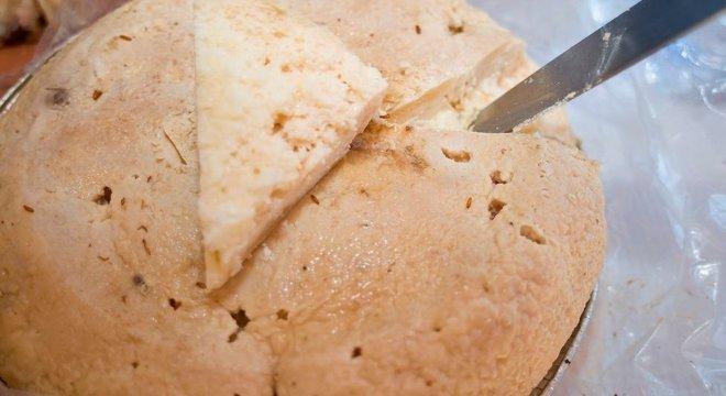 Casu Marzu é considerado 'queijo mais perigoso do mundo'