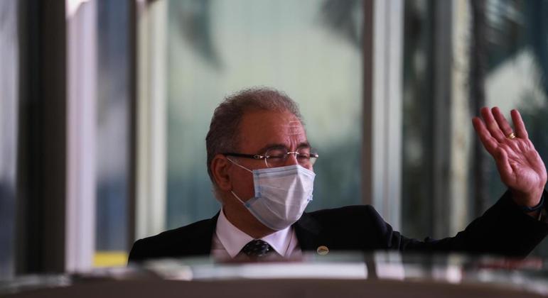 SUS deve avaliar incorporação de coquetel anticovid, diz ministro