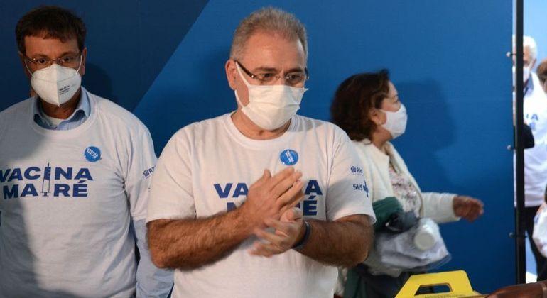 Ministro Queiroga esteve no Rio de Janeiro nesta terça (3)