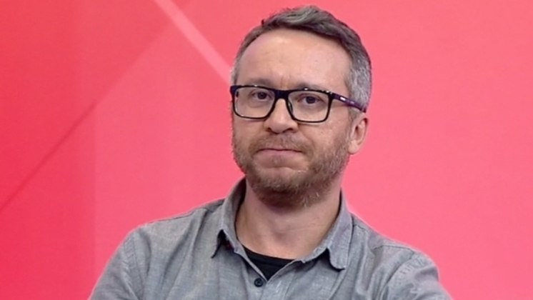 Quem também seguiu o mesmo caminho foi o jornalista Maurício Barros, que assinou com o BandSports para participar do mesmo programa.