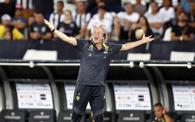 Queridinho pela torcida do Flamengo, Jorge Jesus fez alguns inimigos no Brasil, e Alberto Valentim foi um deles. O português se queixou da postura do Botafogo contra o Fla no Brasileirão e Valentim rebateu: