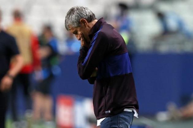 QUIQUE SETIÉN - A indisposição do elenco com o treinador vinha sendo exposta pela imprensa espanhola, como em um episódio em que Luis Suárez fez um comentário quando questionado sobre a fase do time: