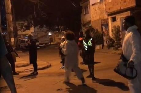Manifestantes protestaram após operação na Cidade de Deus
