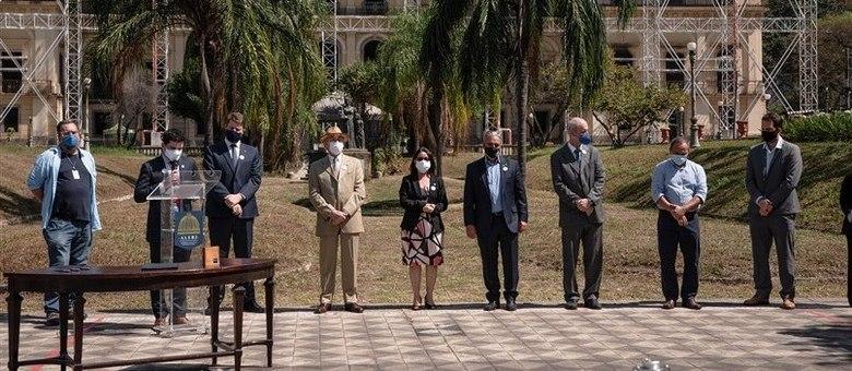 Cerimônia oficial ocorreu em frente ao museu, na Quinta da Boa Vista