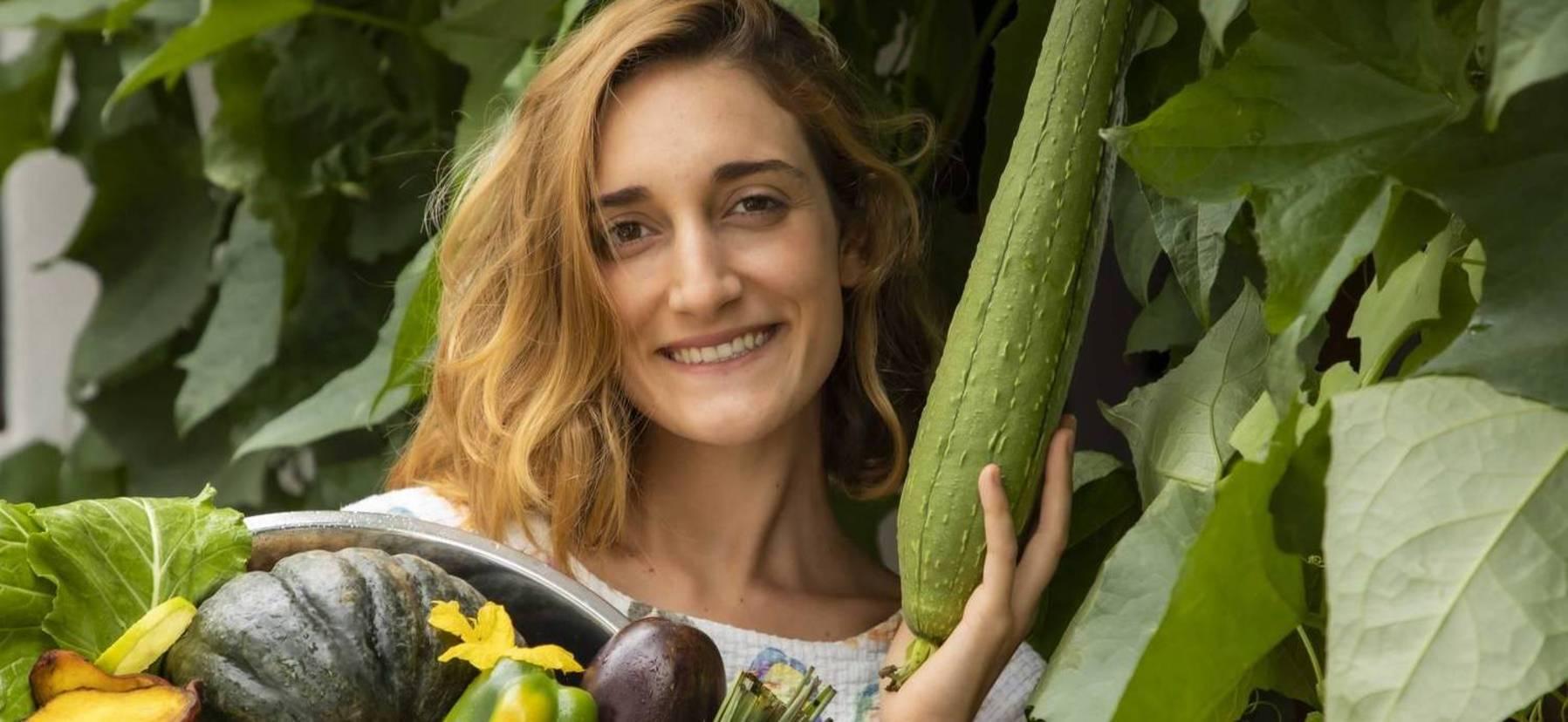 A jovem Natalia Luglio é vegana há 4 anos e hoje pilota um restaurante plant-based em São Paulo (Edu Garcia/ R7)