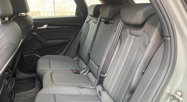 Carro tem boa ergonomia a bordo é combinada com proporções corretas