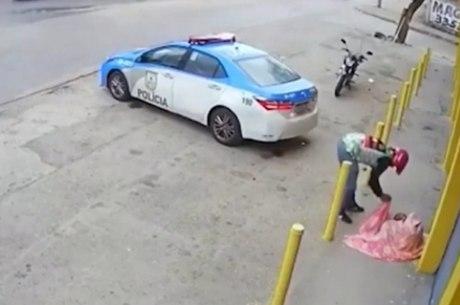 Vídeo de ajuda a moradora de rua viralizou nas redes sociais