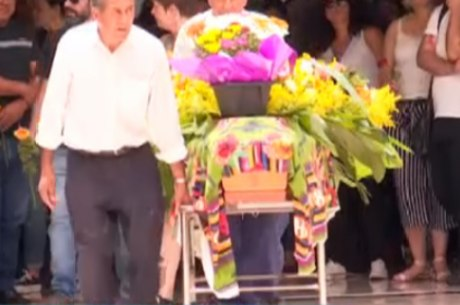 Corpo da artista plástica foi enterrado em Minas Gerais