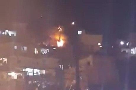Explosão deixou 10 feridos no Alemão