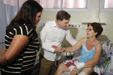 Crivella ouviu pacientes durante visita à unidade