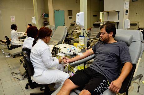 Hemorio faz apelo a população doar sangue